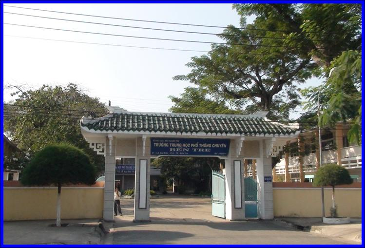 Trường THPT Chuyên Bến Tre tại số 21 Lê Quý Đôn